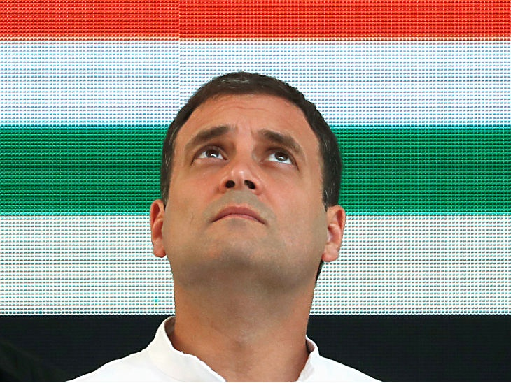 Watch : Rahul Gandhi keeps changing that amount that Modi govt has waived for industrialists