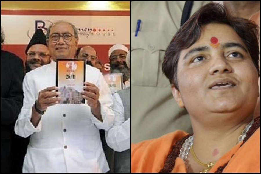 BJP base forced Sadhvi Pragya to apologize, why doesn't 'secular' voter demand same from 'secular' parties?