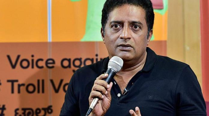 Prakash Raj concedes defeats, says voters slapped him