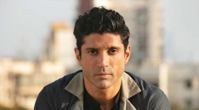 Farhan Akhtar asked the people of Bhopal not to vote for Sadhvi Pragya, a week after elections and used Bhopal Gas Tragedy as a crass pun