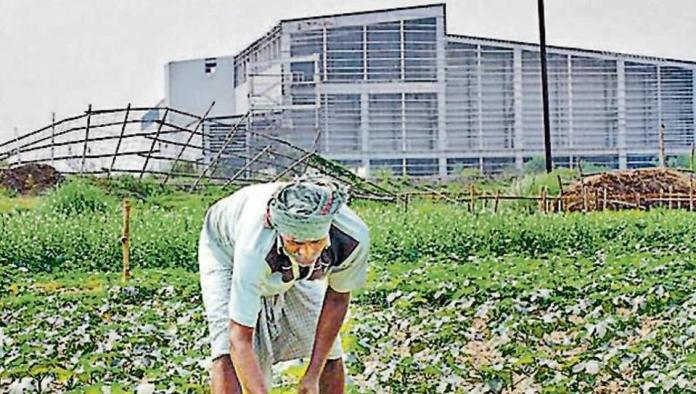 Farmers in Singur regret their mistake of booting out Tata Nanomanufacturing plant from Singur