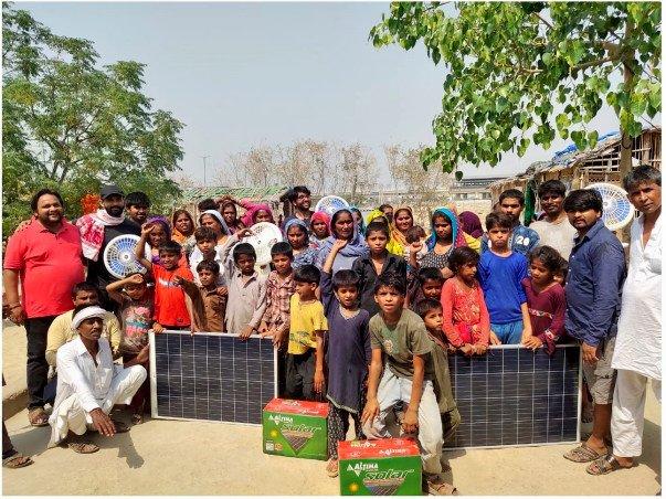 Netizens are raising funds to provide solar fans in Delhi's Adarsh Nagar colony