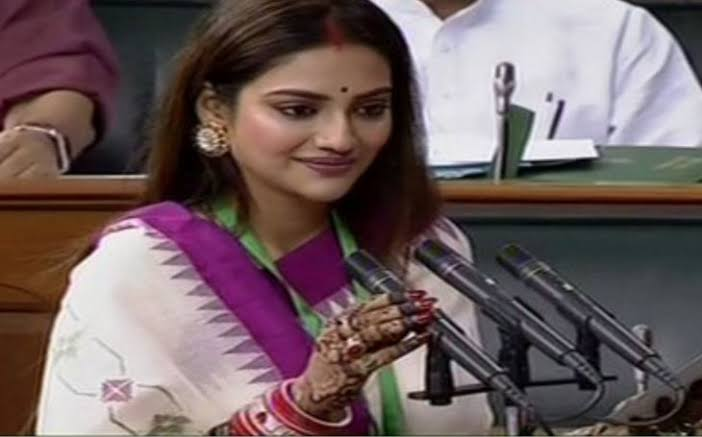 Islamists attack newly elected TMC MP Nusrat Jahan for wearing Sindoor in parliament - Opindia News