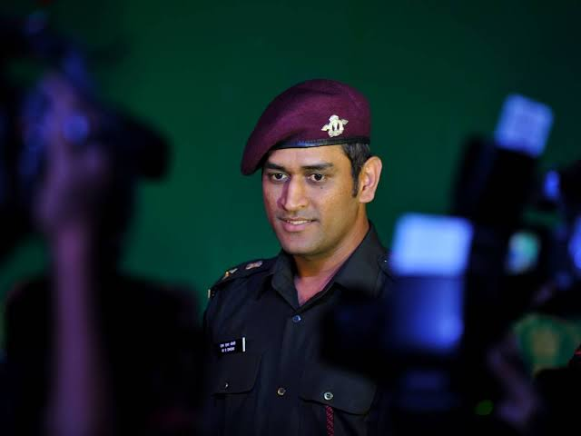 MS Dhoni to serve his para troops in Kashmir for 15 days