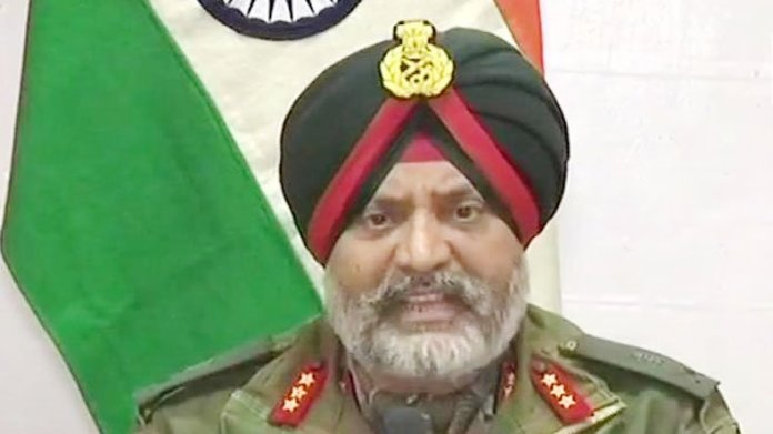 Gen Dhillon addresses press conference, presents M-24 sniper recovered from Amarnath Yatra route