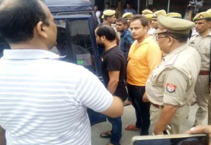 Law student's friend Sanjay Singh, accused of blackmailing Swami Chinmayanand arrested