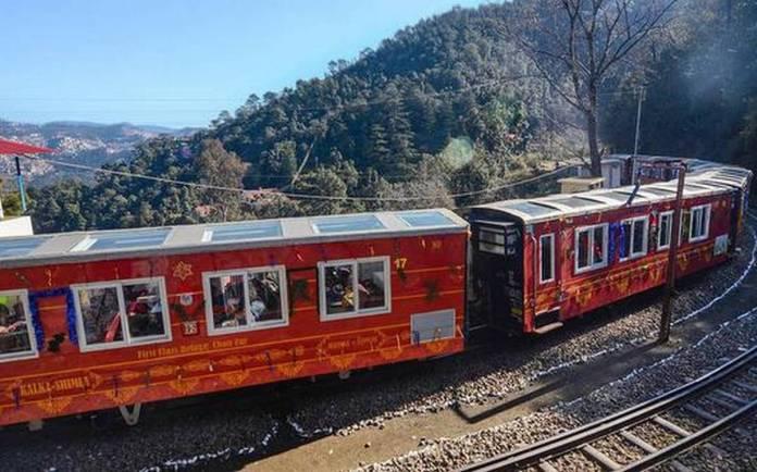 Him Darshan Express Vistadome train
