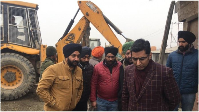 Sikh Community in Srinagar agrees to relocate Gurudwara, makes way for National Highway