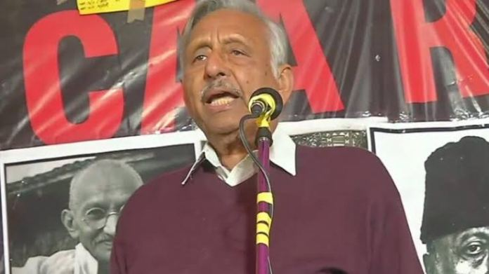 Mani Shankar Aiyar says that there is a rift between Amit Shah and Narendra Modi over the NRC and NPR