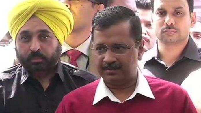 Delhi CM Arvind Kejriwal meets PM Modi to discuss about the violent riots and coronavirus cases detected in Delhi