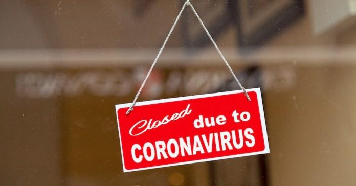 Covid-19 outbreak: Kejriwal & Thackeray swing into action, shut down city
