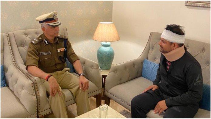 Delhi Police chief SN Srivastava meets ACP Anuj Sharma