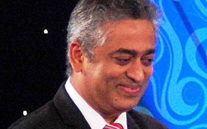Rajdeep Sardesai falsely claims that Rahul Gandhi was the first politician to raise the alarm over the Wuhan Coronavirus.