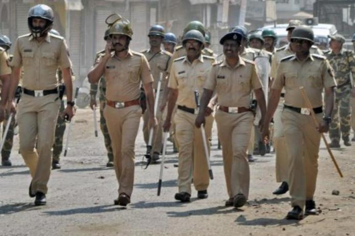 Maharashtra cop who nabbed 21 foreign nationals who attended the Nizamuddin Markaz tests positive for Coronavirus