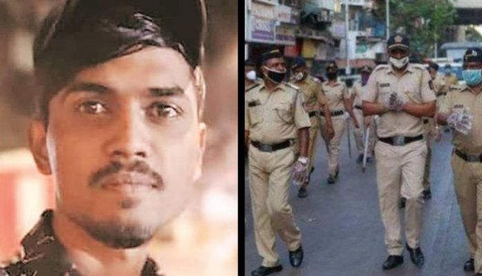Mumbai Police suspends 4 cops for thrashing man to death. Read Details
