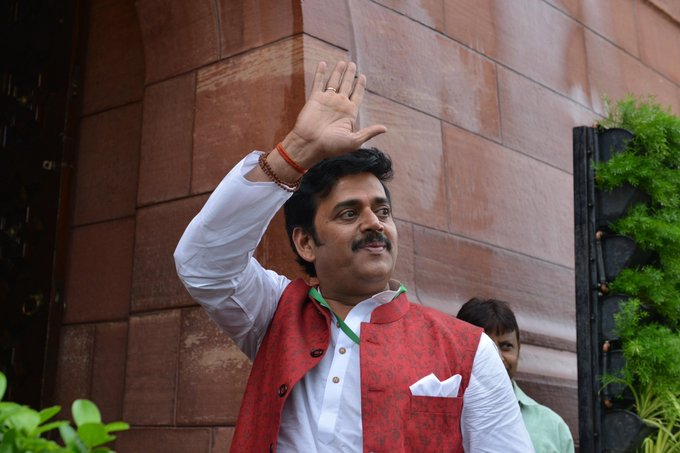 Ravi Kishan provided with Y category security