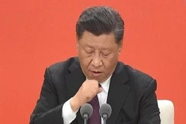 Chinese President coughs violently during a speech