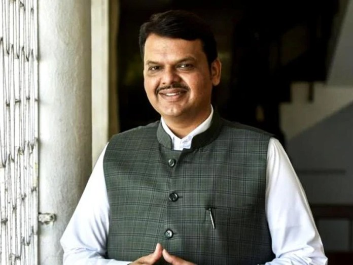 Devendra Fadnavis says Uddhav government will collapse soon on its own