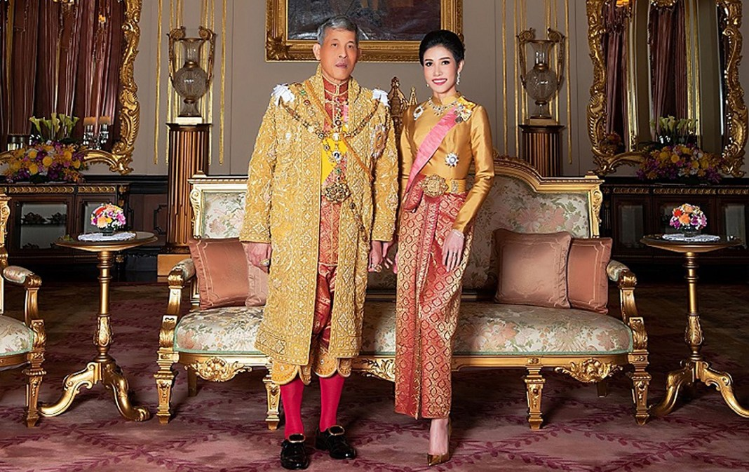 Nude, explicit images of Thailand Kings royal consort
