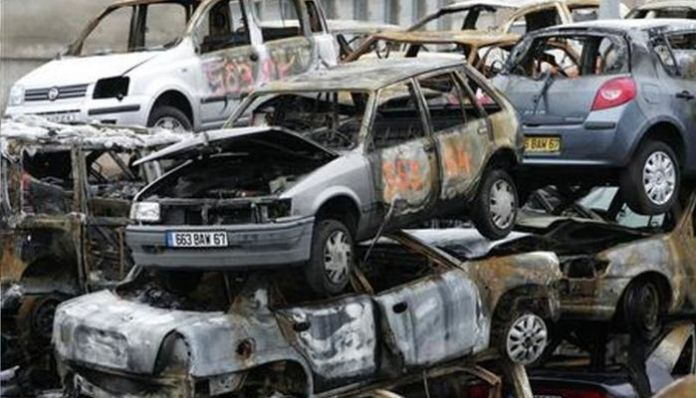 France: How New Year's eve has become synonymous with car burning?