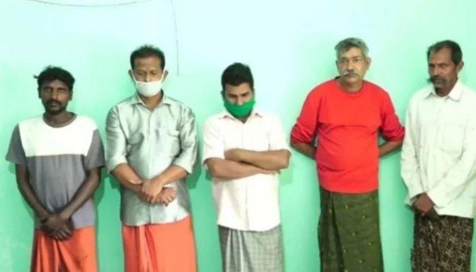 Forest officials nab 5 men for killing, eating leopard in Kerala