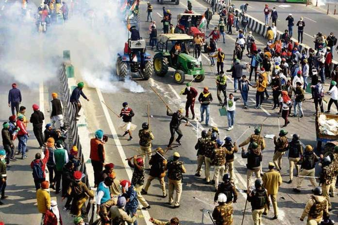 Twitter removes over 550 accounts for inciting violence during the tractor rally
