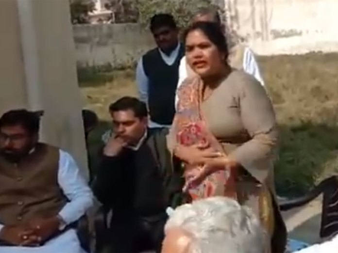 Congress' Vidya Rani Danoda seen asking party leaders to keep 'farmer protestors' all supplied with liquor