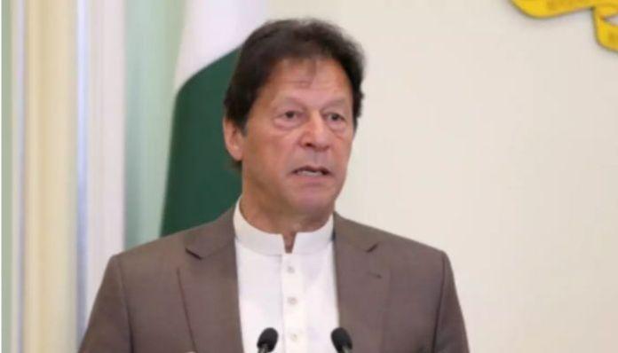 Pakistan: PM Imran Khan wins vote of confidence, saves his govt
