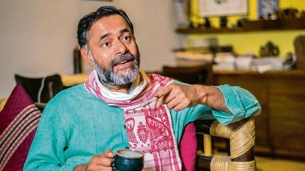 Icchadhari protestor Yogendra Yadav finally admits that farmers' protest is political and is about defeating PM Modi: Read how