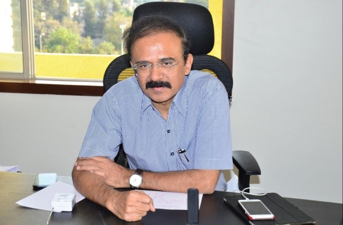 Former bureaucrat alleges he had warned the Maharashtra government 6 months before the second wave of coronavirus hit the state