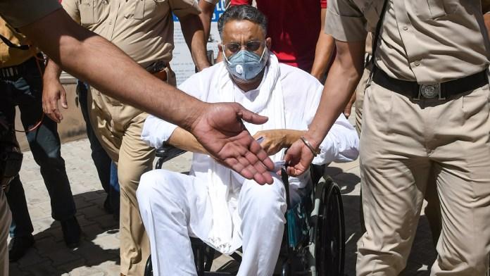 Mukhtar Ansari's goons swarming Banda town, says report
