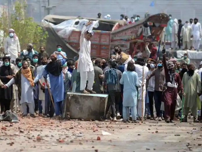 Pakistan Riots: TLP is leading violent protests against the Imran Khan government