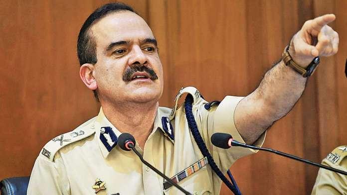 Maha police officer files FIR against Param Bir Singh and 32 others
