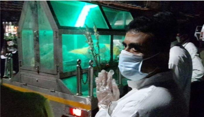 WB: Suvendu Adhikari pays homage to BJP worker killed by TMC goons