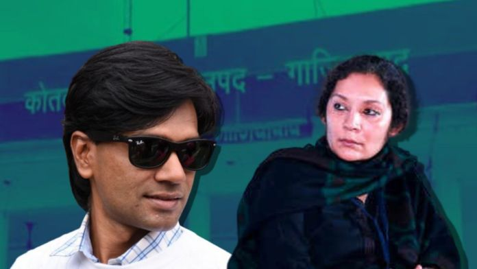 Zubair and Saba Naqvi record their statements in front of police over fake hate crime case