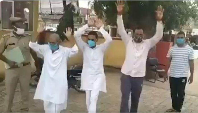 Fearing Yogi Adityanath, 3 gangsters surrender before police