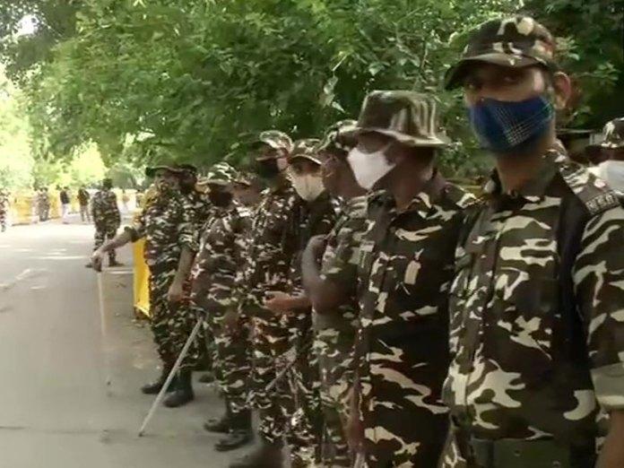 Farmer leaders allowed to protest at Jantar Mantar