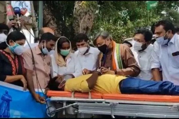 Shashi Tharoor plays doctor at Congress protest in Kerala against LDF government
