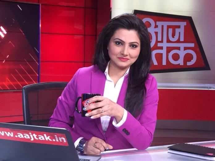 Anti-farm law protesters harass Aaj Tak editor Chitra Tripathi, Newsclick 'journalist' celebrate the harassment