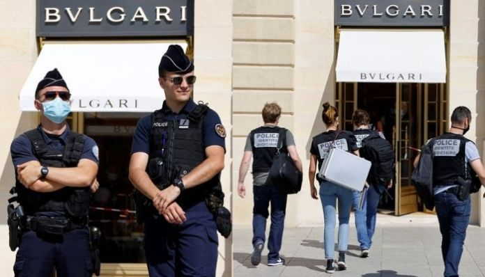 France: Cops nab 3 men for looting Bulgari store to the tune of $12 million, four others on the run
