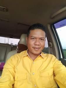 Ketua Fraksi Partai Golkar DPRD Kab. Bandung. Drs. H. Dadang Supriatna. ( Foto/ Saufat Endrawan/ OPININEWS.COM )