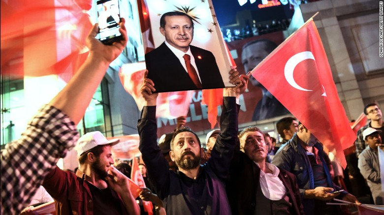 Referendum in Turchia, Trump si congratula con Erdogan