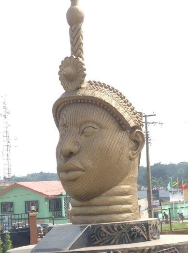 765x1024xOri-Olokun-sculpture-765x1024.jpg.pagespeed.ic.XIuv_Gus3Y