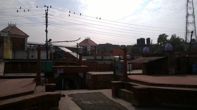 The Agra Fort Railway Station separates the Jama Masjid from Agra Fort. Modernity disrupting a moment in medieval history.