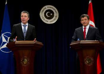 Joint press point. Left to right: NATO Secretary General Anders Fogh Rasmussen and the Minister of Foreign Affairs of Turkey, Ahmet Davutoglu.