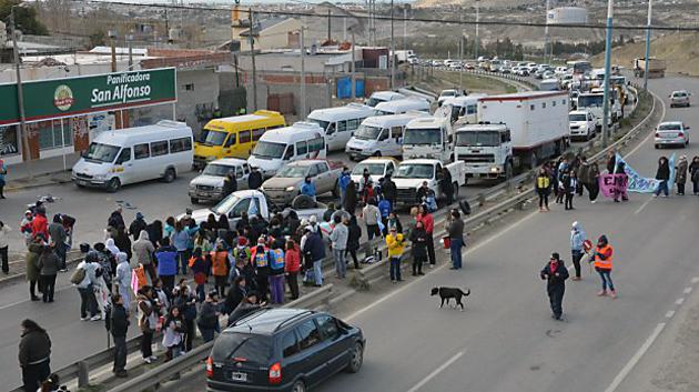 Corte de ruta en Comodoro Rivadavia ATECH - Foto: