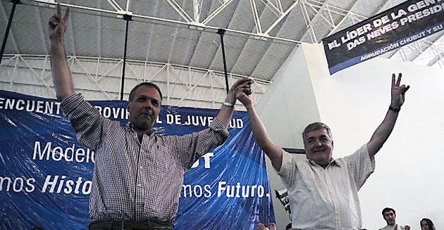 El electo gobernador Martín Buzzi junto a Mario Das Neves – Foto: Facebook Buzzi