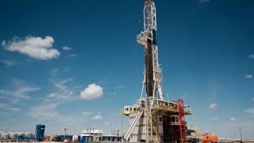 Sonda de petróleo na região de Midland, Texas (EUA)