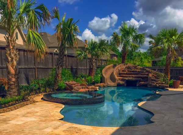 outdoor perfection - houston pool