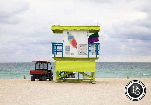 La série Miami Houses, par Léo Caillard